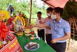 Thừa Thiên-Huế: Dâng hương, dâng hoa tưởng nhớ 13 liệt sĩ hy sinh tại tiểu khu 67