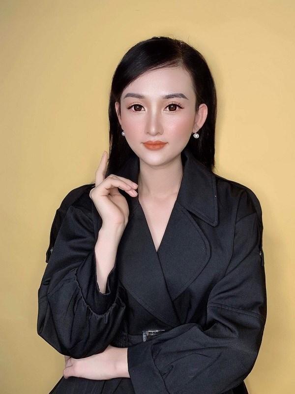 Chân dung cô chủ Hoàng Hải Linh