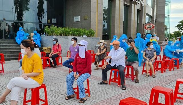 Ngày 14/9 Đà Nẵng ghi nhận 11 ca mắc Covid -19 trong đó 1 ca được phát hiện tại cộng đồng