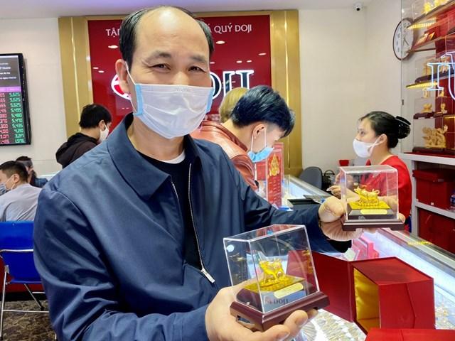 Các sản phẩm ép vỉ công nghệ 3D cũng được ưa chuộng, bên cạnh những; sản phẩm Trang sức Vàng hay Quà tặng mỹ nghệ Vàng.