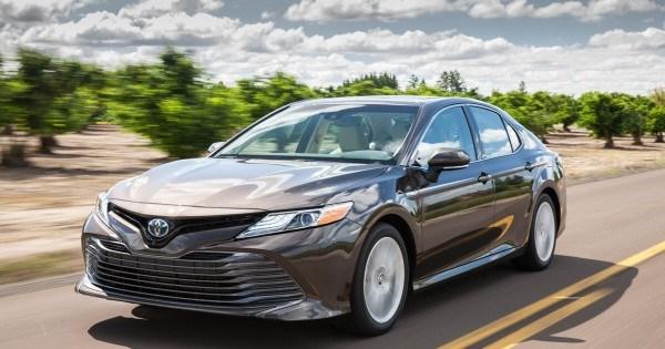 """Toyota Camry 2020 đã có sự """"lột xác"""" về thiết kế và trang bị. (Ảnh: IT)"""